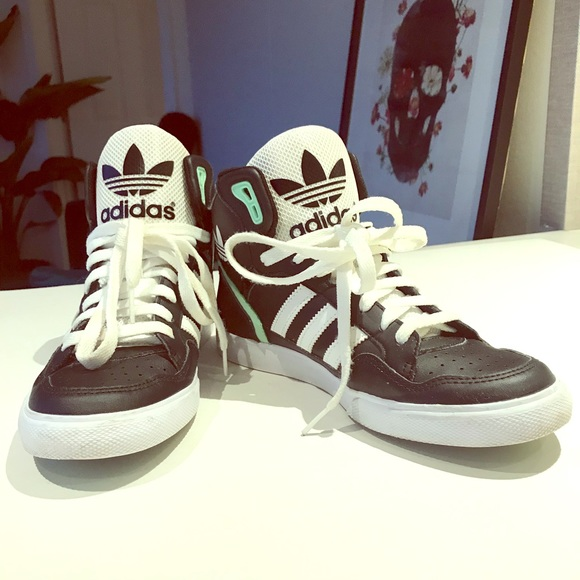 Adidas High Tops Mens : Adidas Shoes Collection